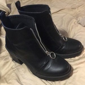 H&M black pull ring zip ankle boots